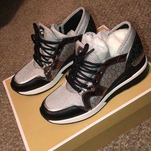 Michael Kors LIV trainer sneakers. 6